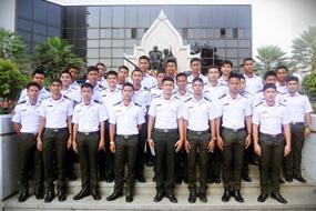 กวดวิชาเตรียมทหาร