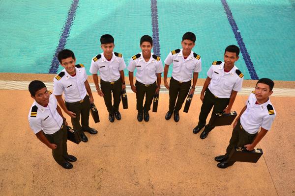 สระว่ายน้ำ โรงเรียนดาวนายร้อย